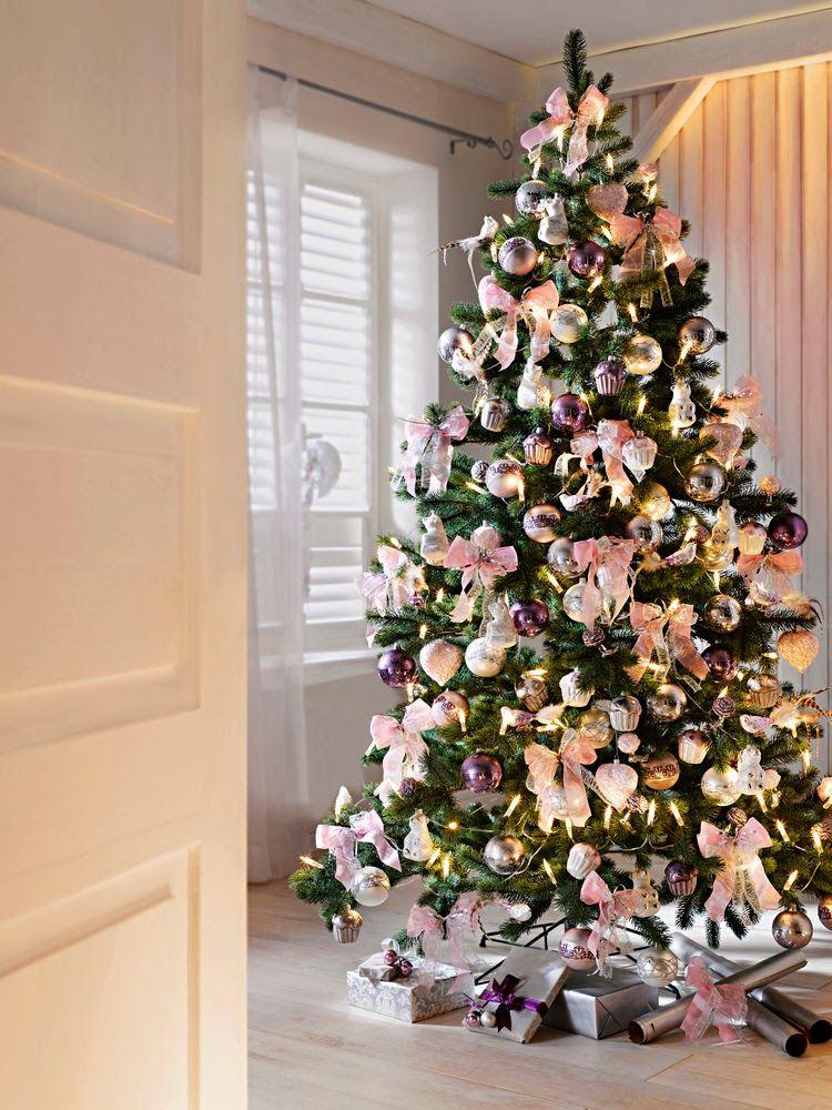 Swiateczne Dekoracje Choinka Christmas Tree Inspiruje Www Liradom Com Modern Christmas Tree Christmas Tree Decoration Ideas 2018 Beautiful Christmas Trees