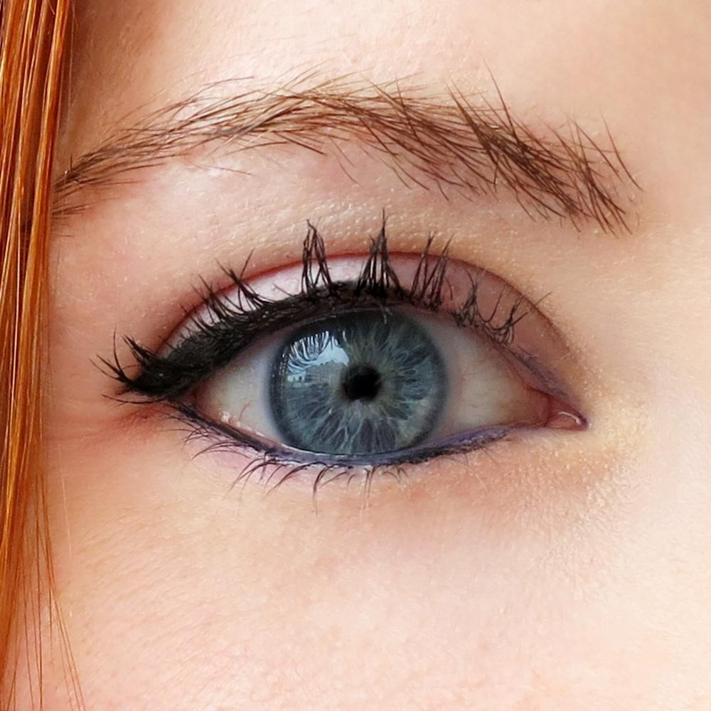 A Cheater's Guide To Applying Eyeliner How to do