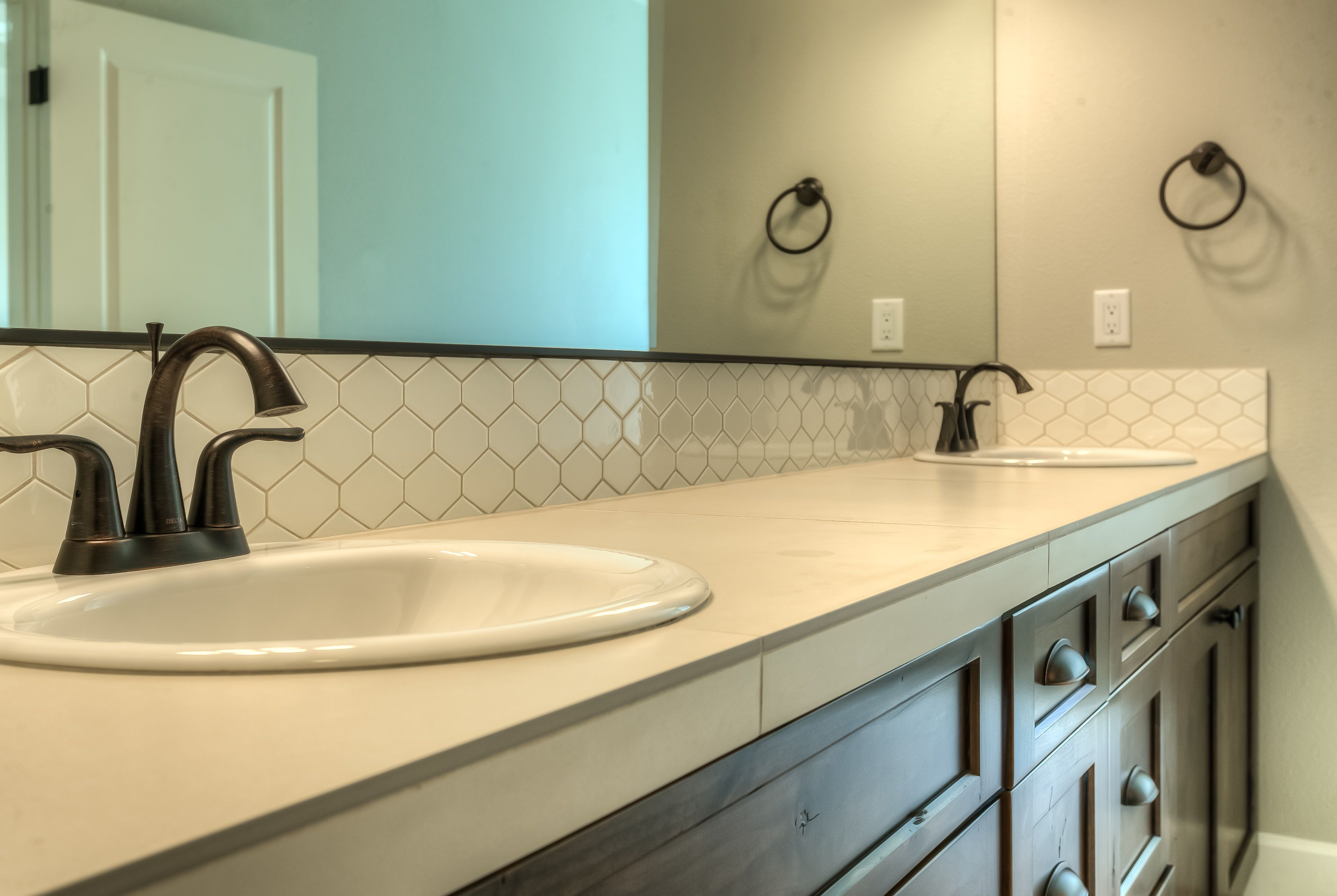 pentagon shaped backsplash tile