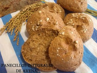 Mabel's Kitchen: PANECILLOS INTEGRALES DE AVENA.