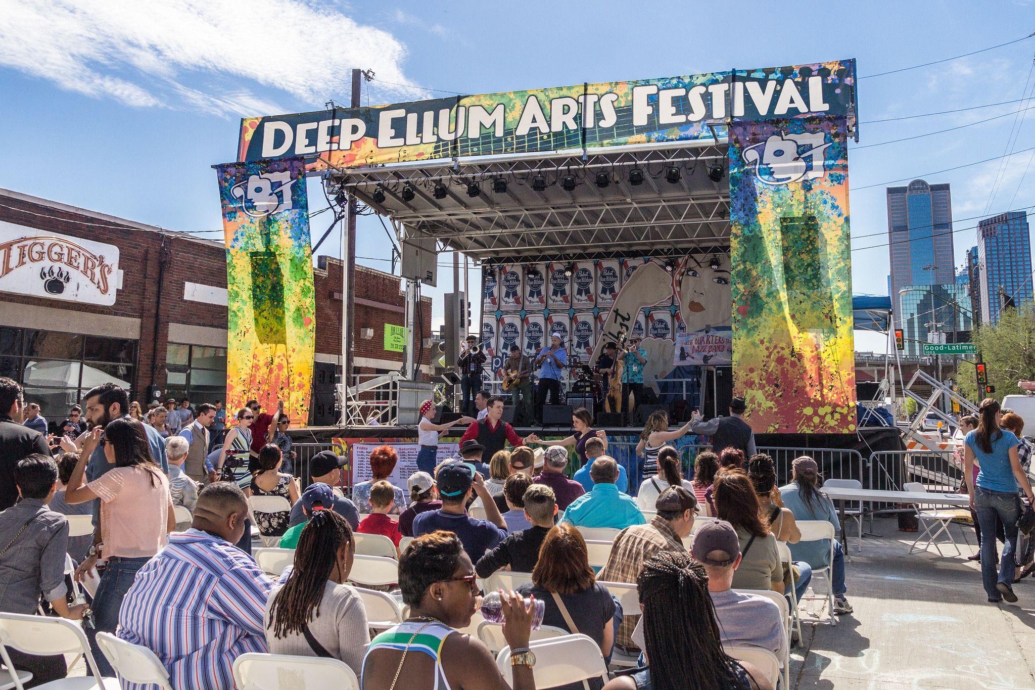 Attend the deep ellum arts festival