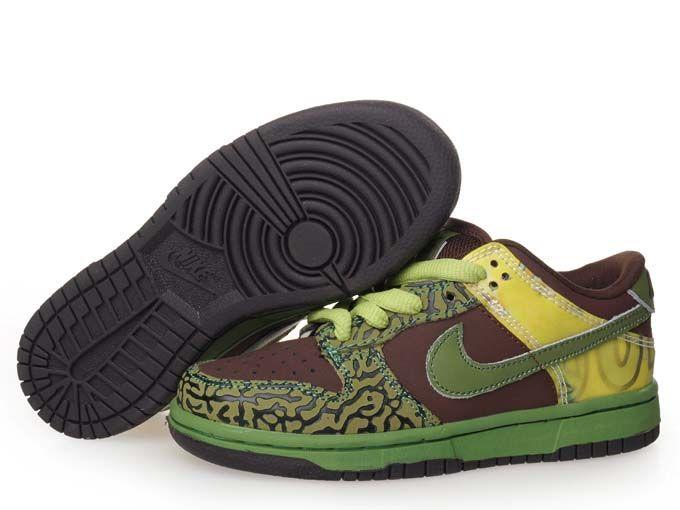 low cost 29155 48136 Nike Dunk SB Low Pro SB Kids De La Soul Brown Green   Nike ...