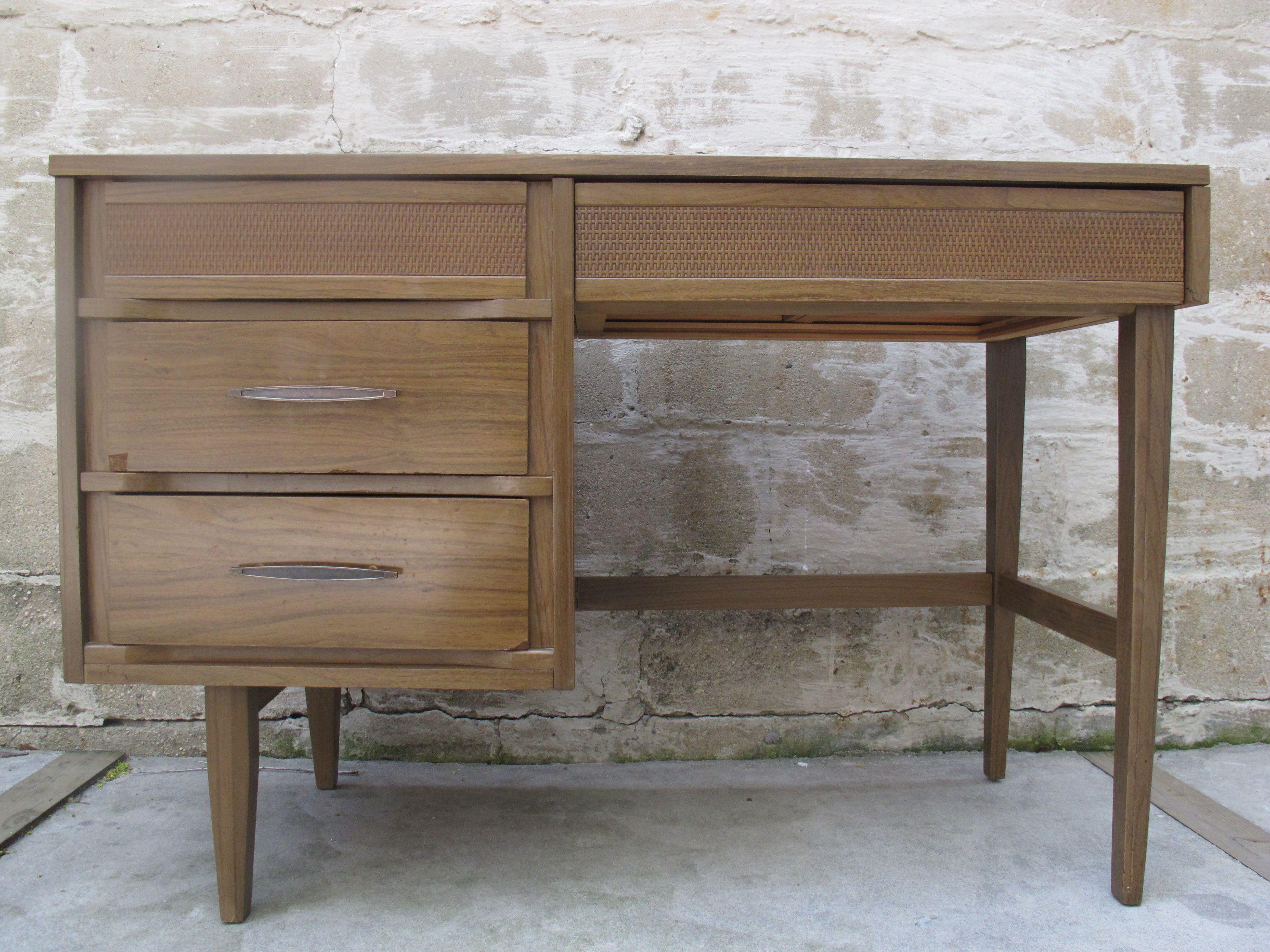Mid Century Modern Desk By Kroehler Sold Items Adverts Vintage