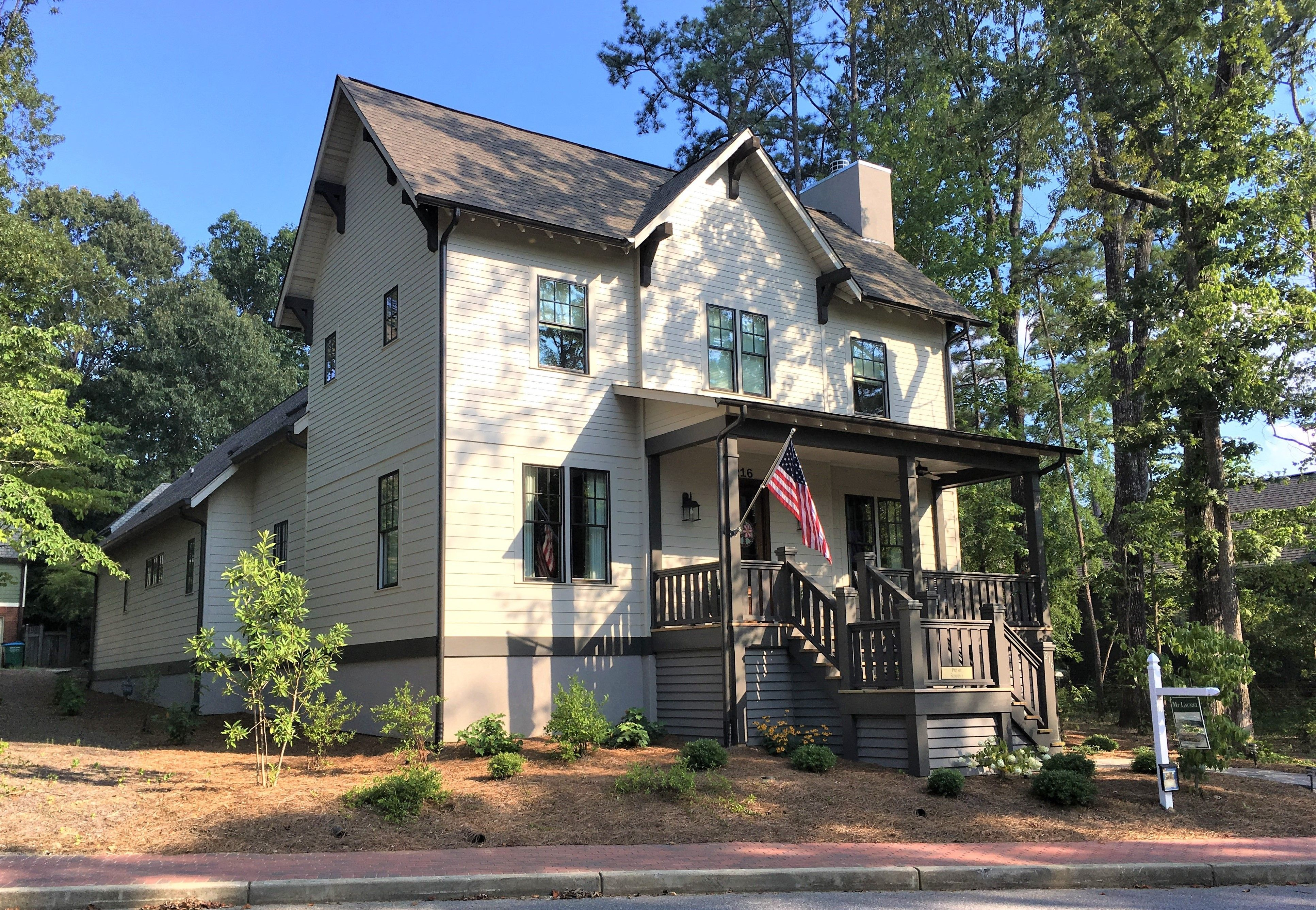 Beautiful home in Birmingham, Alabama for sale. Open floor