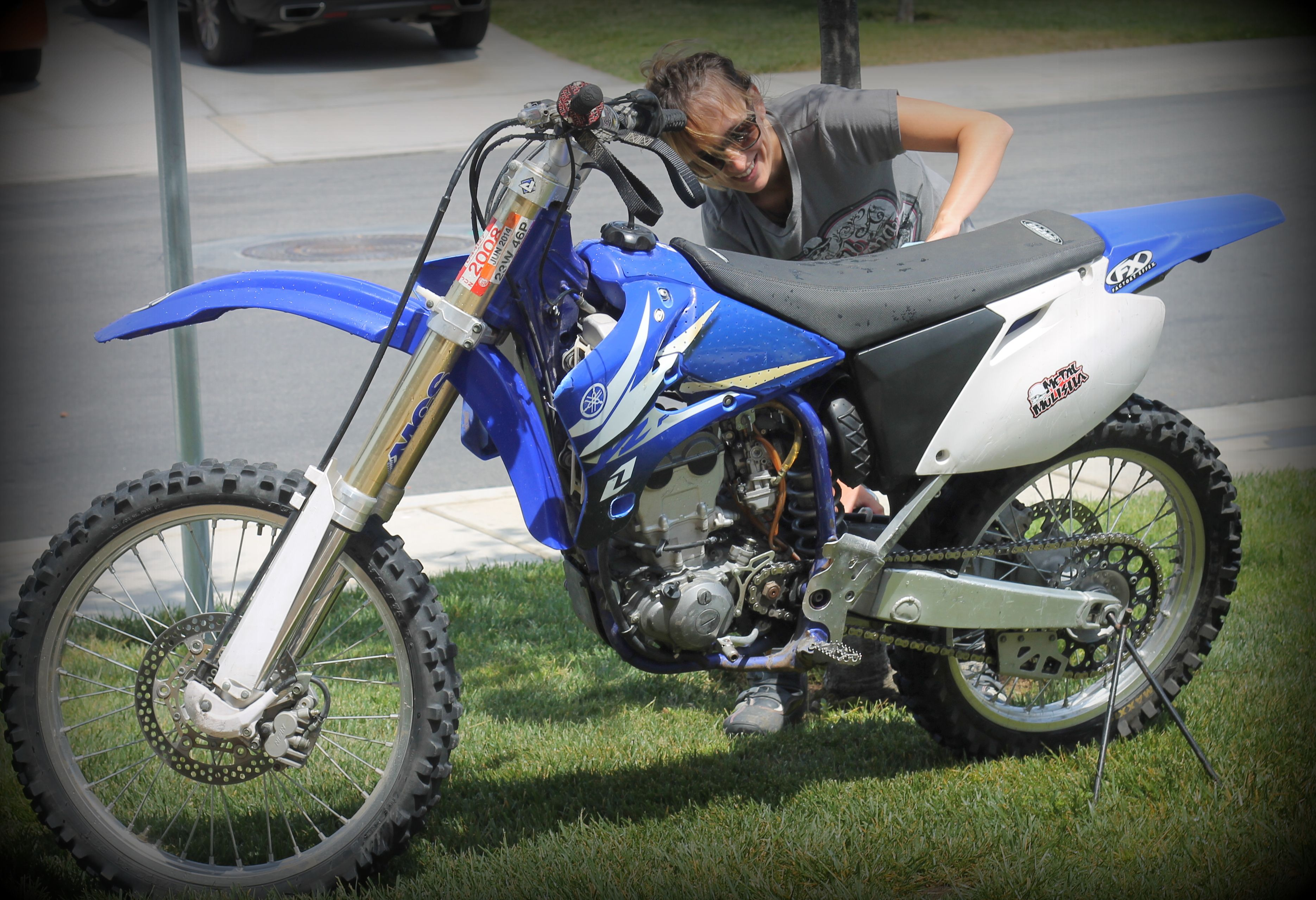 Washing Polishing My Yamaha YZ 250F Dirt Bike I Want New Decals But Can