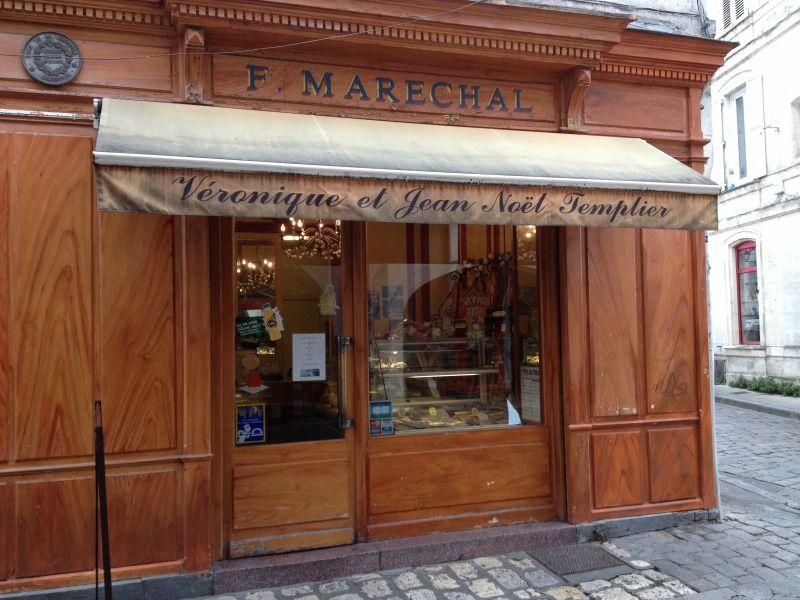 Bien-aimé Rue Saint-Nicolas La Rochelle Boulangerie et sa vitrine d'époque  YL67