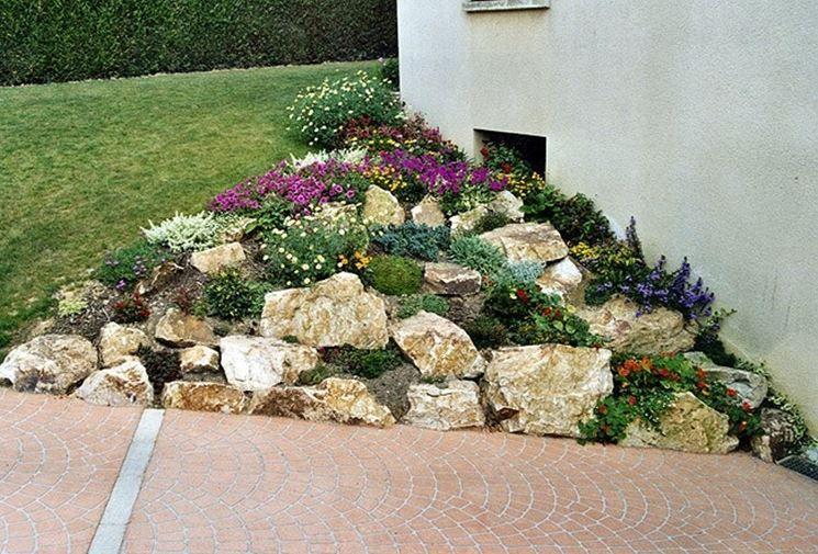 Realizzare un giardino roccioso 20 esempi bellissimi for Idee per realizzare una fioriera