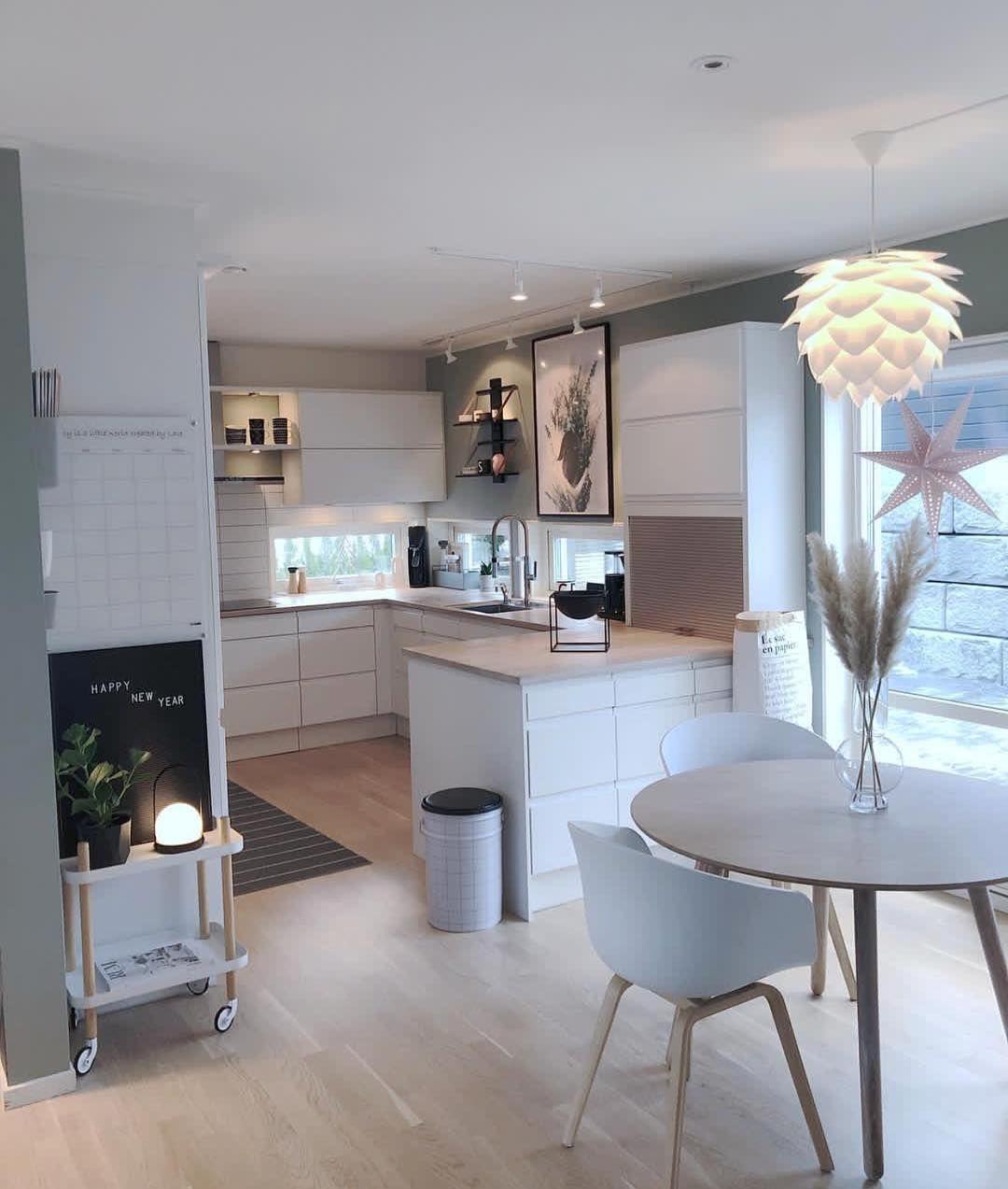 ▪️ Kitchen decor 💫 😍  Inspi @fruspilde _  #picoftheday #instalike #kitchen #kitchendesign #kitchendecor #kitchenview #homedecor #chicdesign…
