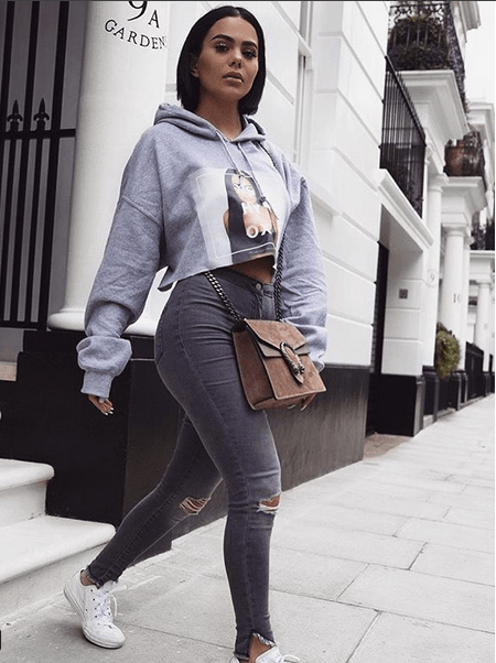 25565d0b1262 Women Outfits with Grey Jeans – 27 Ways to Style Grey Jeans