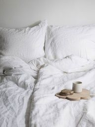 Creases in Bedding | Linen in 2019 | House design, Bed ...