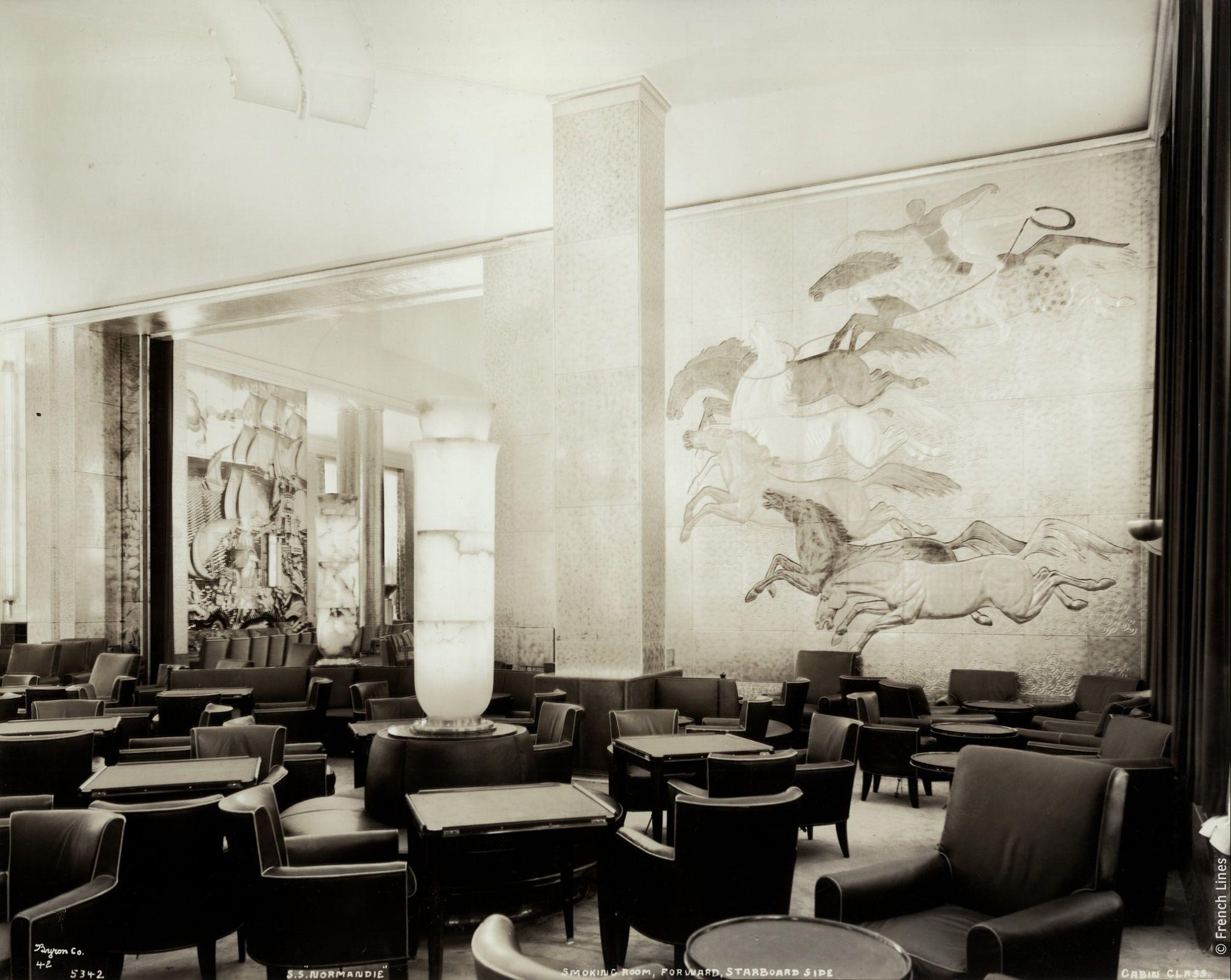 artiste et d corateur jean dunand 1877 1942 est c l bre pour ses sculptures et ses. Black Bedroom Furniture Sets. Home Design Ideas
