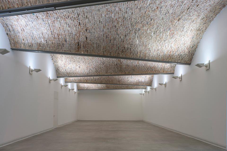 blick auf das konisch verschränkte gewölbe im zweiten obergeschoss, Innenarchitektur ideen