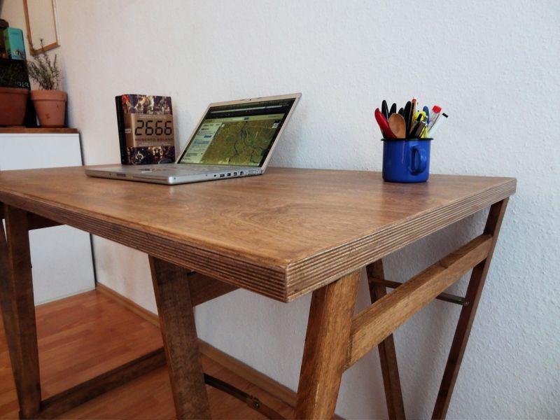 Ich Verkaufe Hier Ein Selbst Gebaut Wunderschoenen Schreibtisch Schreibtisch  Aus Massiver Multiplex Buche (auf Bestellung