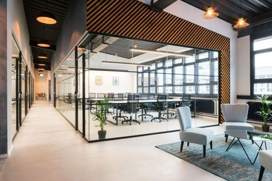 27+ Luxury Modern Office Space Design Ideas | Modern office space design,  Modern office space, Office space design
