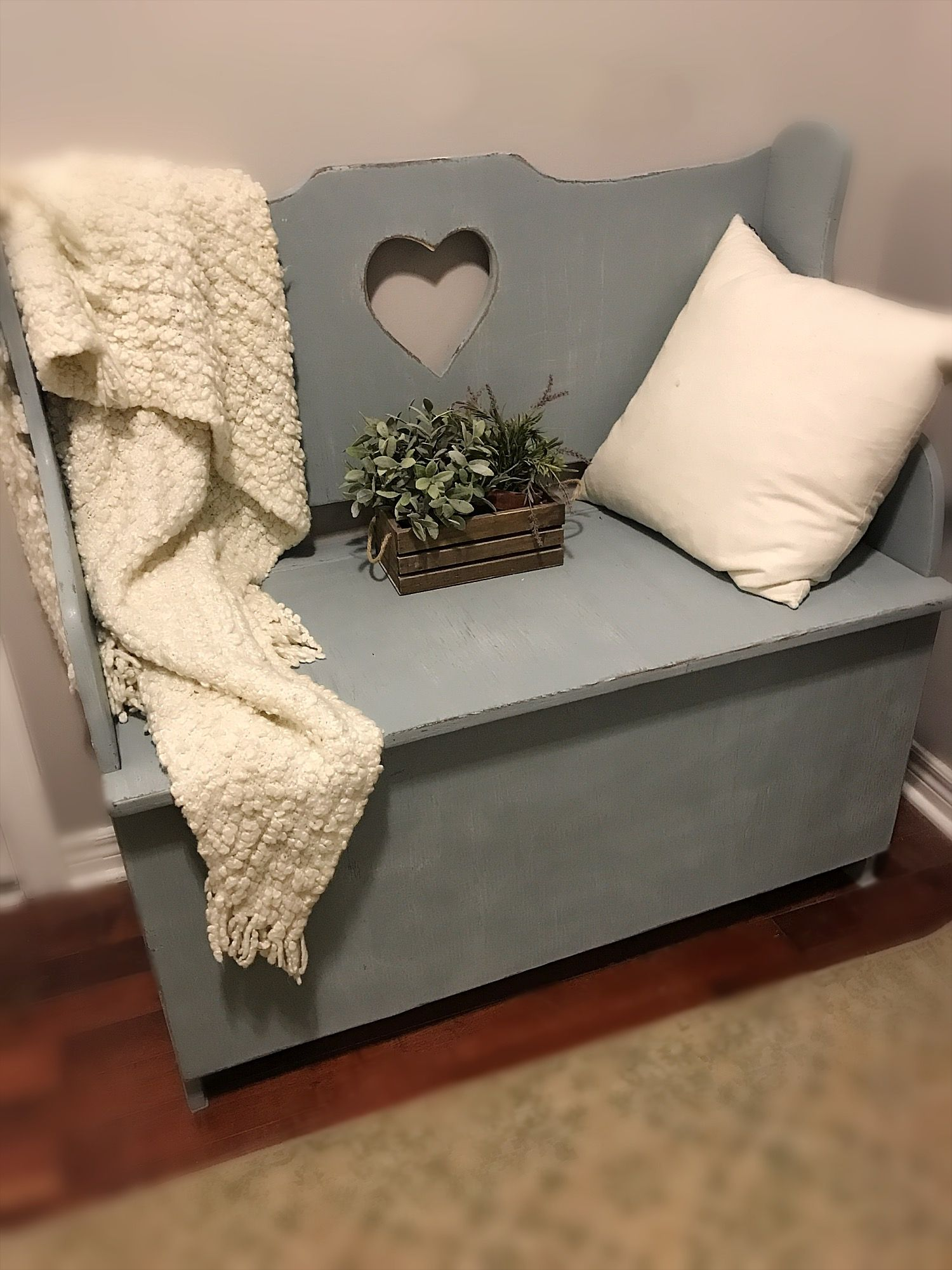 Large Vintage /Rustic Entryway Wooden Deep Storage Bench With Back/Adorable  Wood Heart Cut