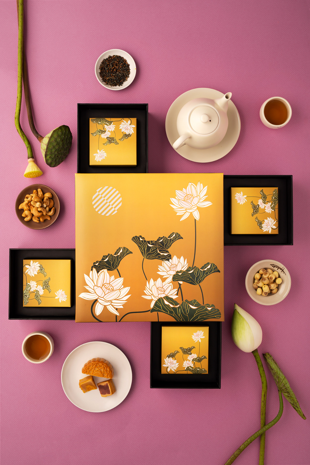 Pullman Hanoi Mooncake 2019 on Behance ในปี 2020