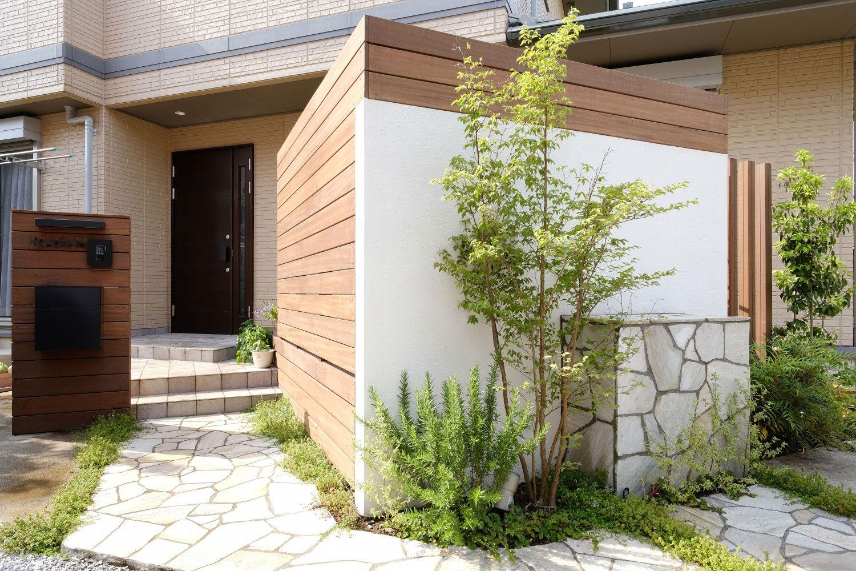 ウッドデッキの外側 目隠しフェンス 壁 エクステリア エクステリア 目隠し 庭