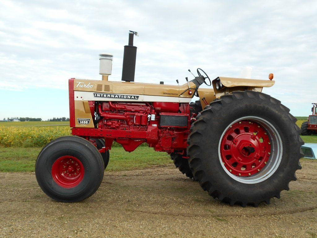 Ih 1456 Tractor : Ih gold demonstrator hrs pt dual hyd