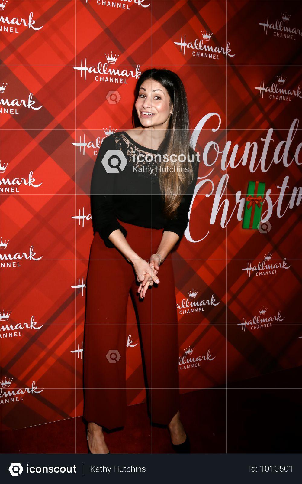Usa Christmas At Holly Lodge Screening Los Angeles Photo Gina Rodriguez Photo 3d Illustration