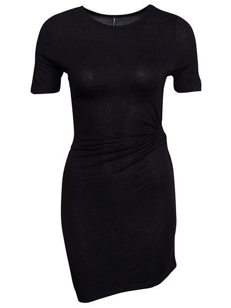 ededf5ec3bb8 Price Ninni Dress - Rut&Circle - Svart - Klänningar - Kläder - Kvinna -  Nelly.