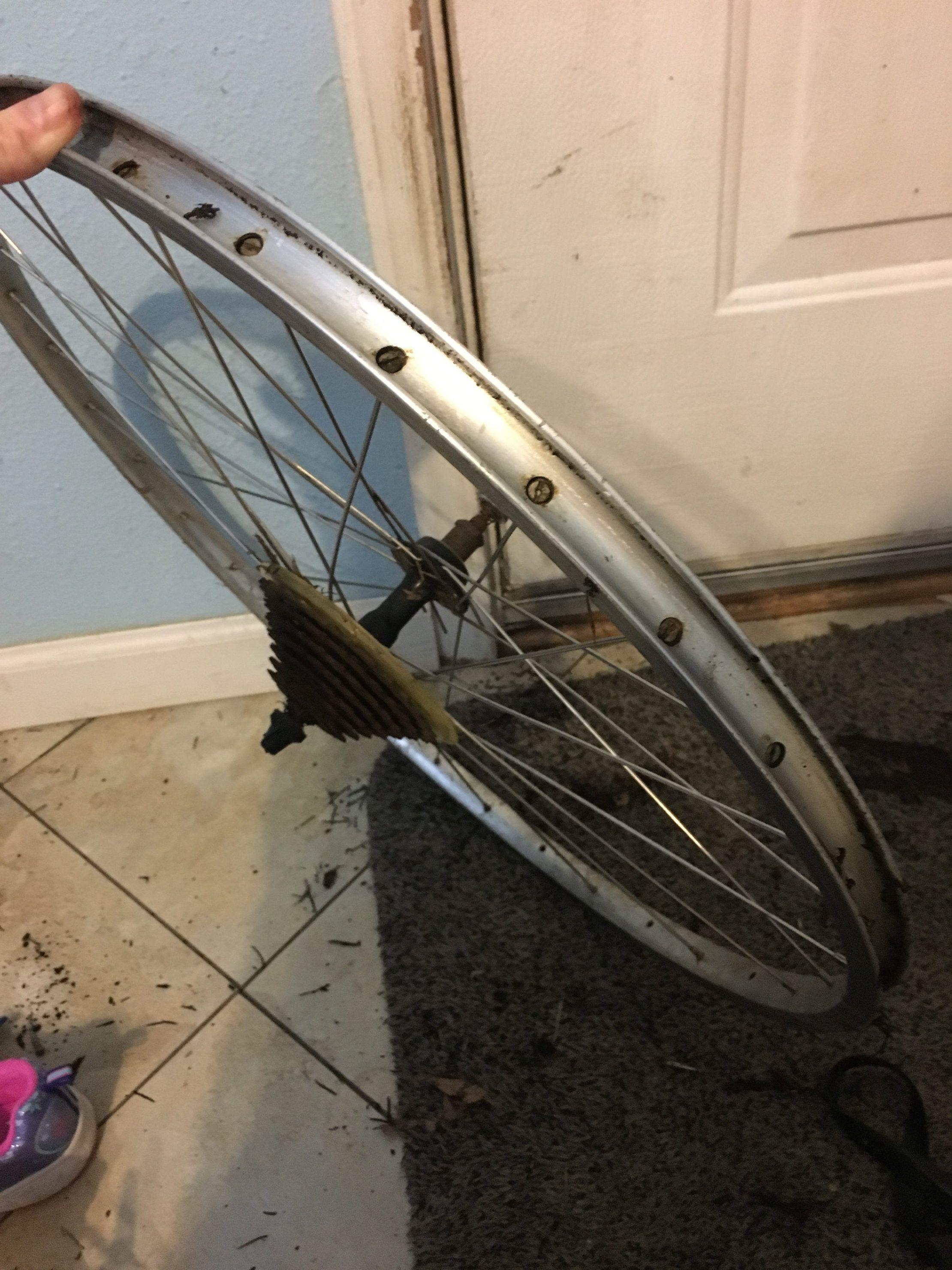 Bicycle Wheel Wreath Bicycle Wheel Bicycle Diy Spring Wreath