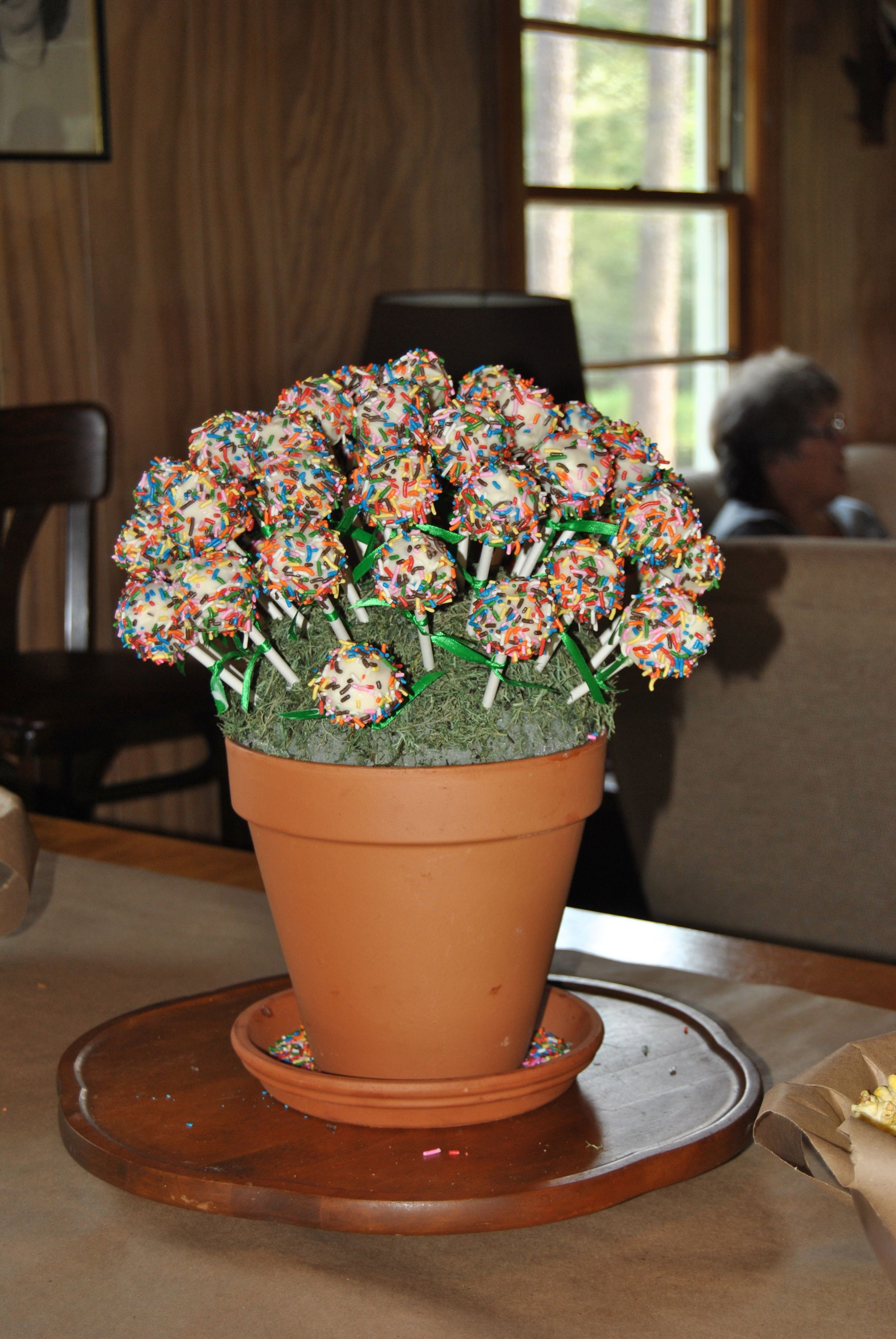 Cake pops made these for my daughters 1st birthday they