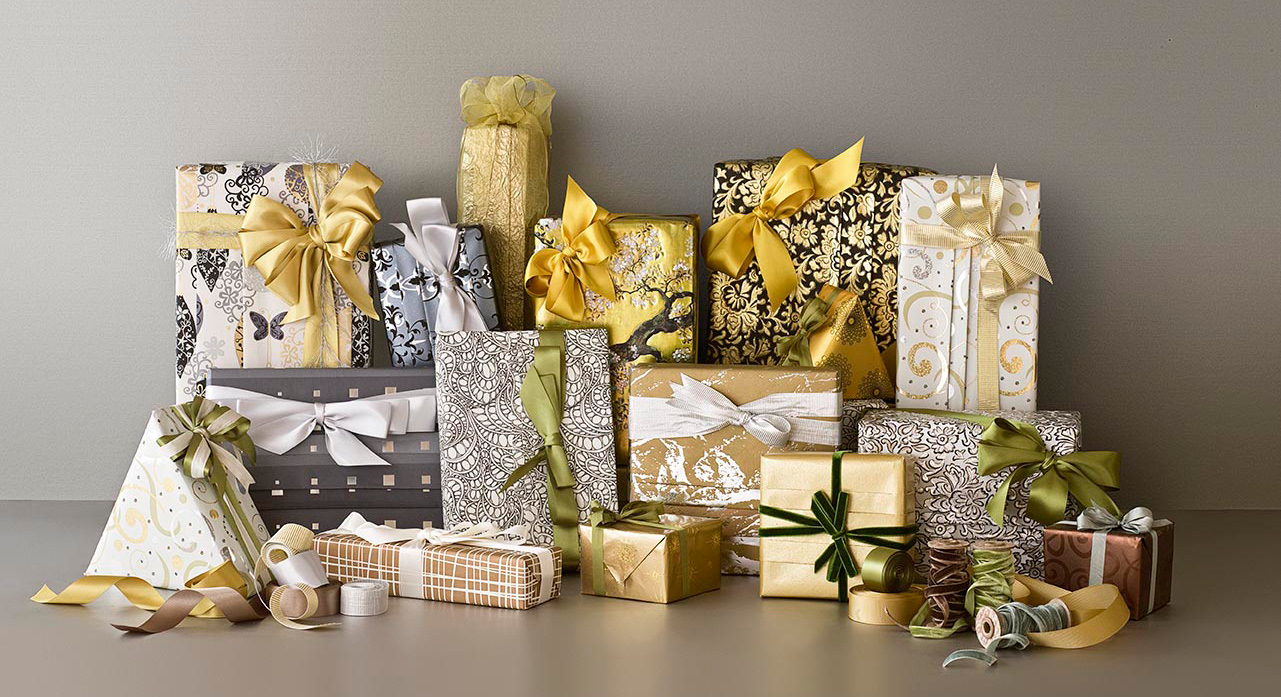 Custom Gift Wrapping make someone feel special! Secret