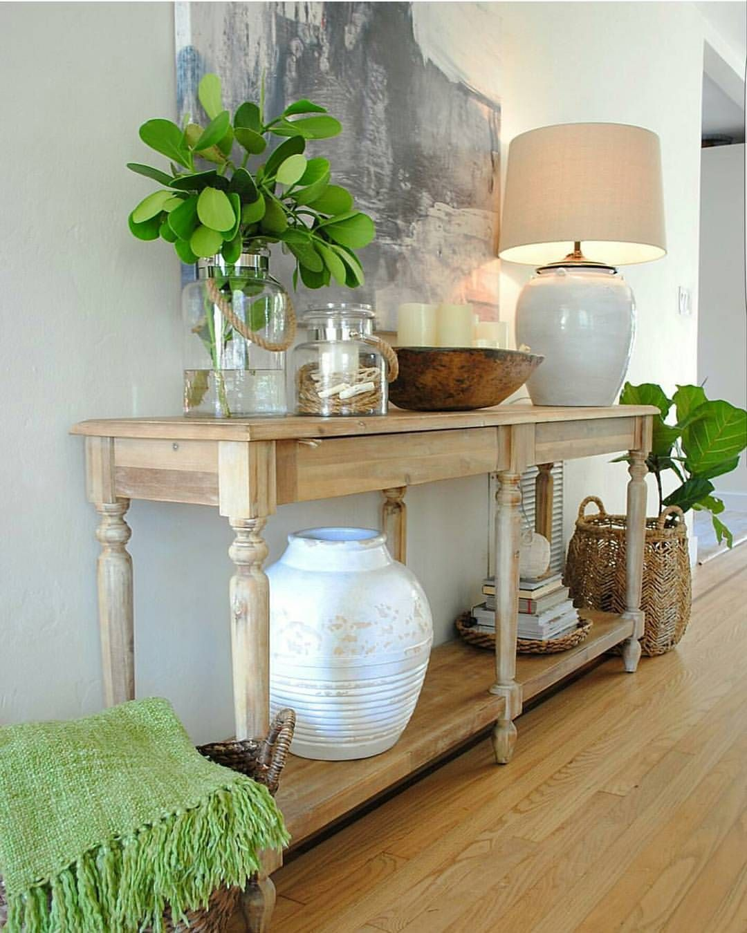 See This Instagram Photo By Oscarbravohome 699 Likes Entry Table Decor Decor Entry Table