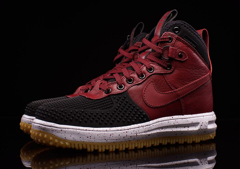 wholesale dealer 12ef8 15982 The Nike Lunar Force 1 Duckboot May Be The Only Boot You ll Need All Winter  - SneakerNews.com   Shoes  my inspiration   Pinterest   Nike lunar and Mens  boot