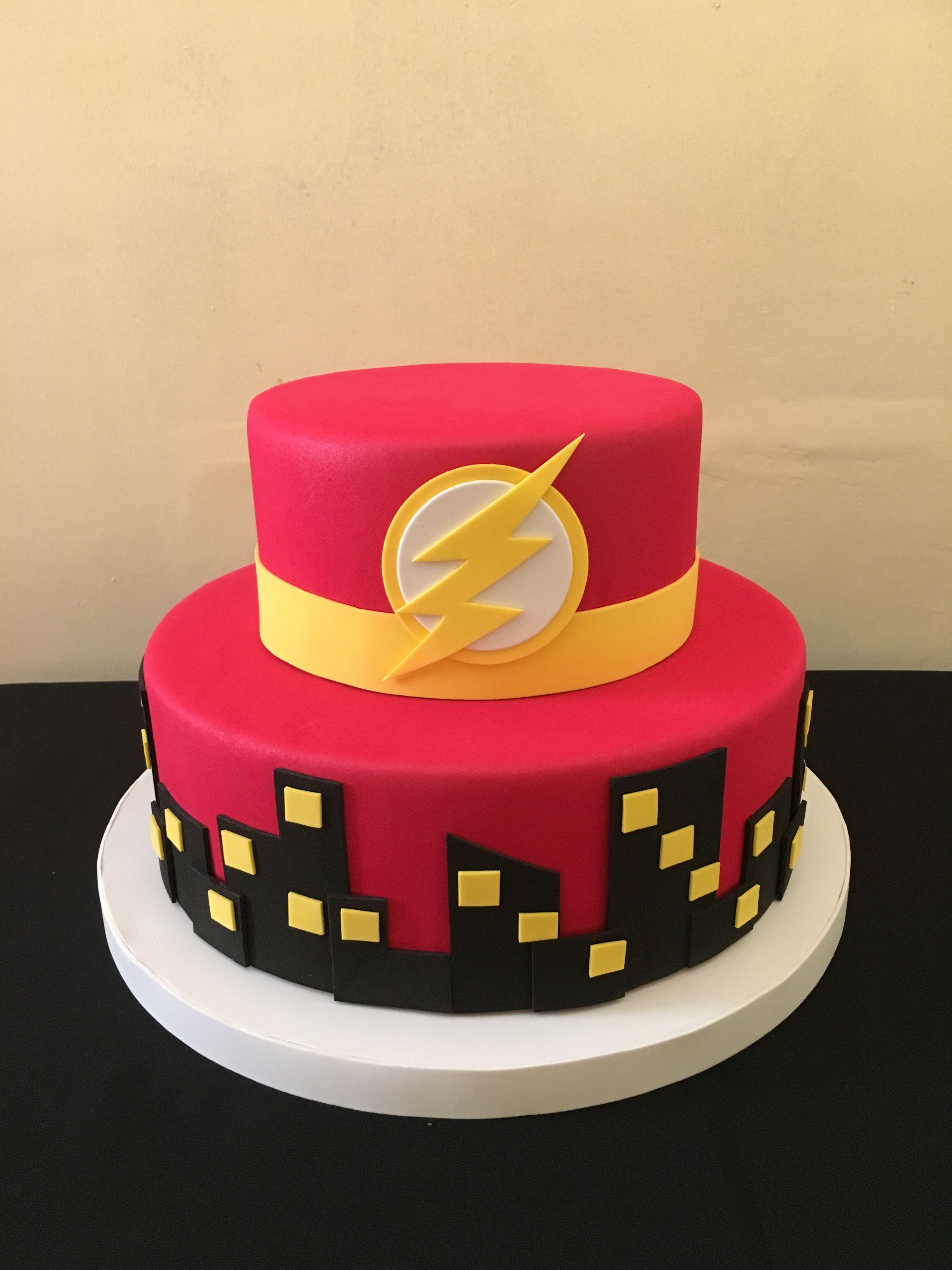 Torta Falsa Flash Birthday Cake Ideas Cakes For Boys