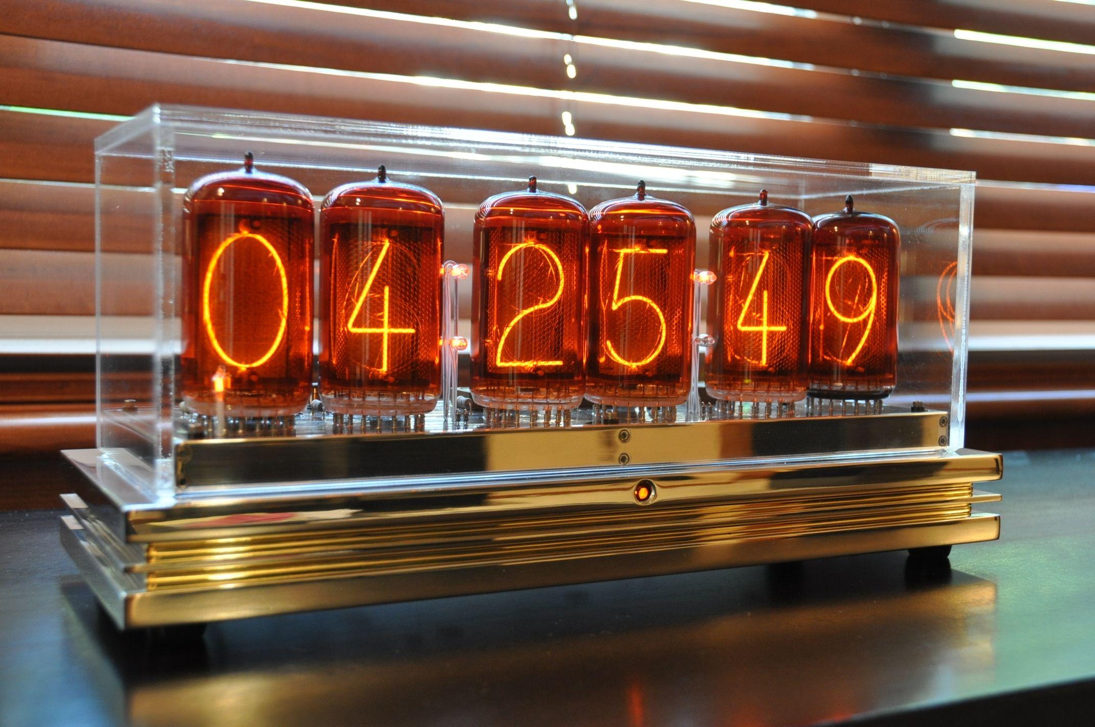 Nixie Tube clock KIT IN-12 Six Digit Tubes Date Temperature /& Wooden Housing