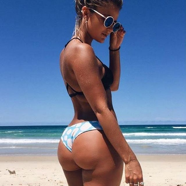 Round Ass In Bikini