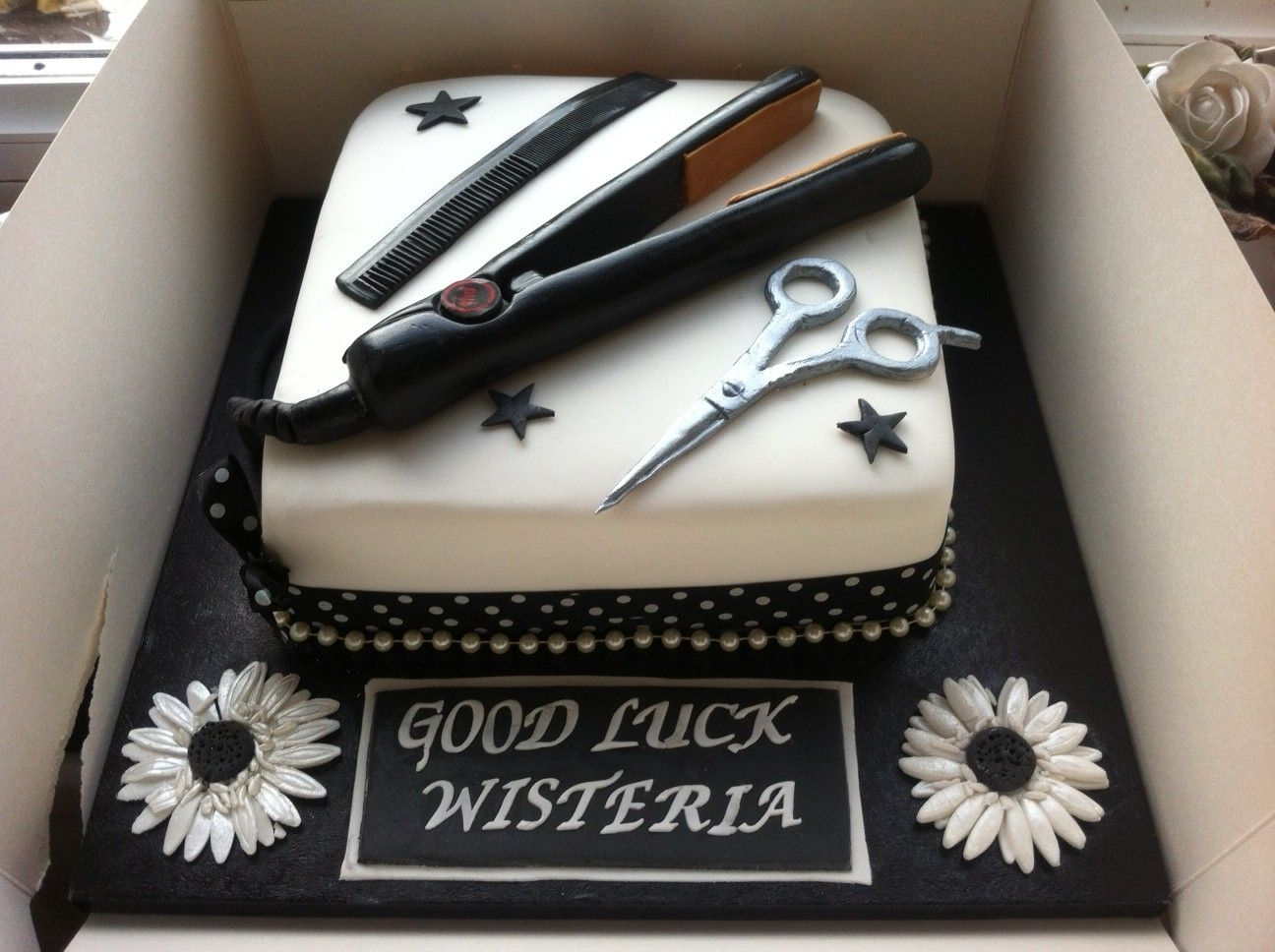 Ghd Hair Salon Cake Other Cakes Hair Stylist Cake Hairdresser Cake Cosmetology Cake