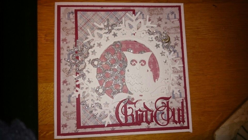 Julekort laget med maja design ark, spellbinders winter owl, kaboks god jul og xcut snøfnugg dies