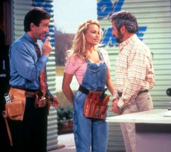"Pamela Anderson Starred In ""Home Improvement"" As Lisa, The"