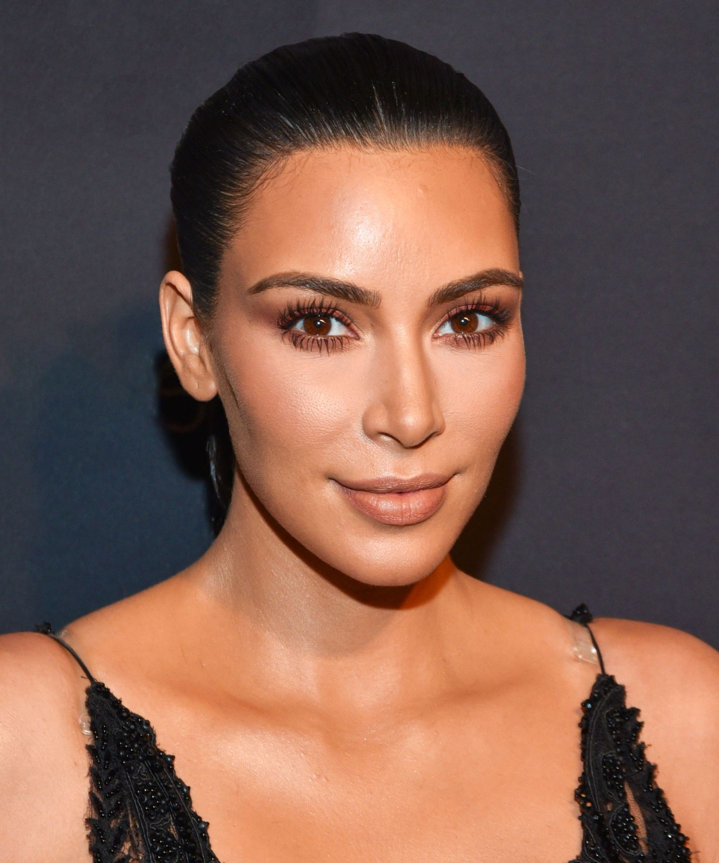 bcdf6f1145c This Is Why Kim Kardashian's Makeup Always Looks So Good | Makeup ...