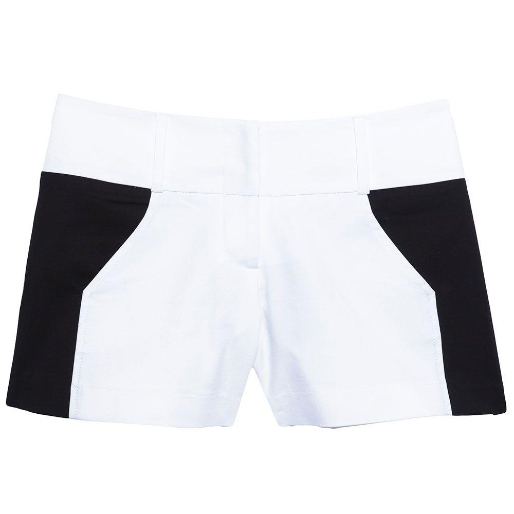Short alfaiataria bicolor branco e preto