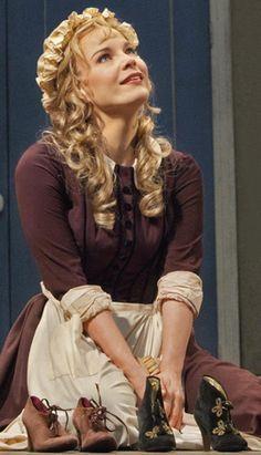 """Elina Garanča as Angelina/Cinderella in """"La Cenerentola"""" by Gioachino Rossini.   Musica, Cantantes, Musica clasica"""