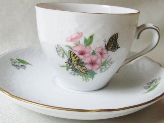 Christine HolmTea taza-plato, Floral y con motivos de mariposa. Regalo de boda…