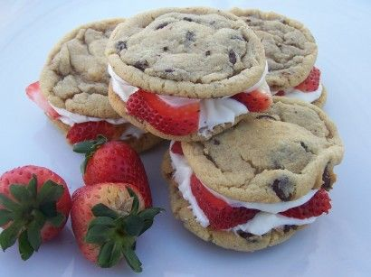 strawberry cheesecake chocolate chip sandwich cookies - sounds delicious!