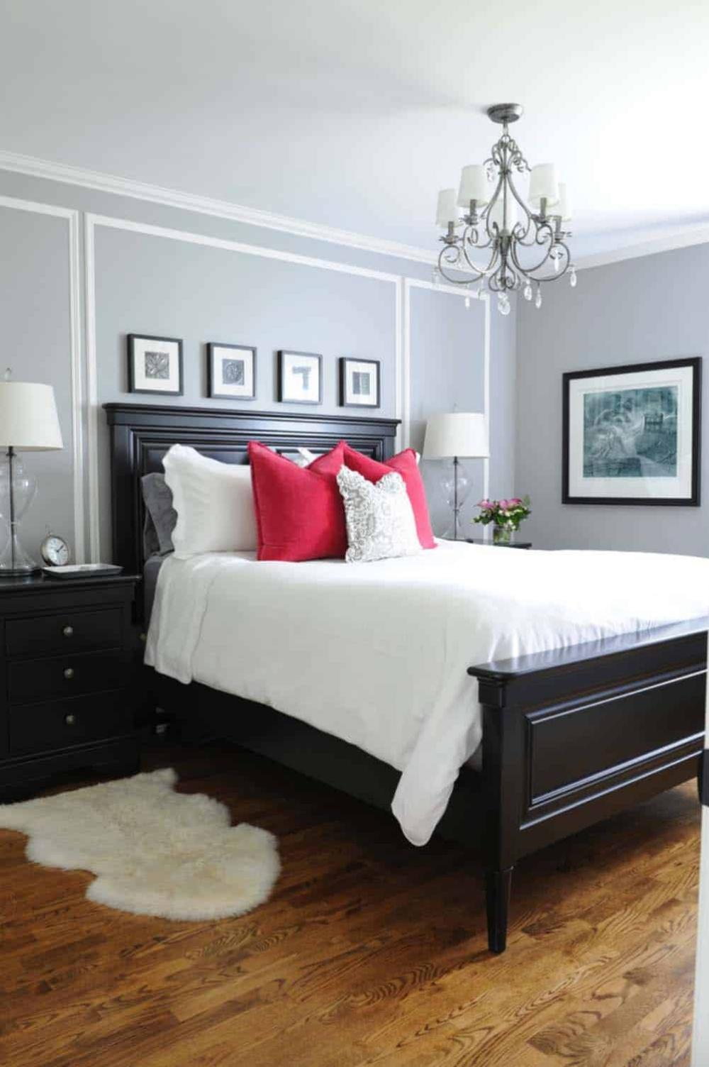 30 Small Yet Amazingly Cozy Master Bedroom Retreats Master Bedroom Furniture Small Master Bedroom Master Bedroom Colors