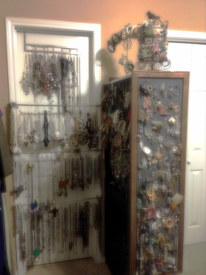 best way to store jewlery. Black Bedroom Furniture Sets. Home Design Ideas