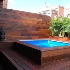 Resultado de imagen para piscina de fibra com deck alto for Mini piscinas prefabricadas