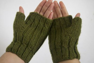 custom wool-free fingerless mittens made by hand — the digitorum in olive