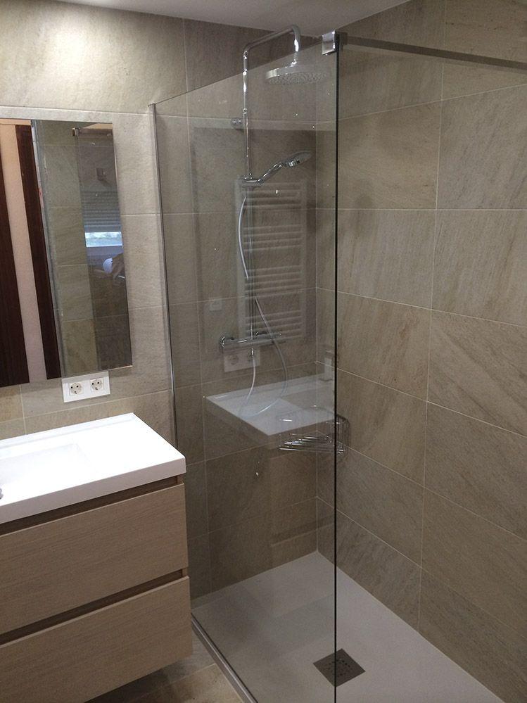 Fijo de cristal como mampara en el plato de ducha ba os reformados en 2019 duchas platos - Ideas para reformar el bano ...
