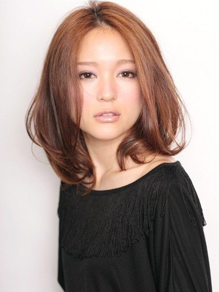 もし井川遥さんがミディアムにしたら ロブヘアスタイル セミディ 髪型