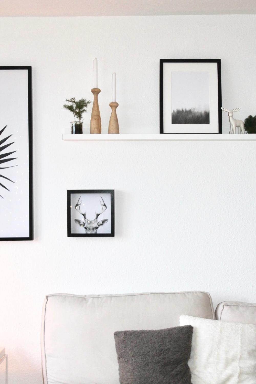 Bilderleiste neu dekoriert #wohnzimmer #bilderrahmen…