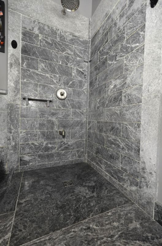 Marvelous 4u0027x4u0027 Sloped Canadian Soapstone Shower Shower Base. Wall Are Made Up With