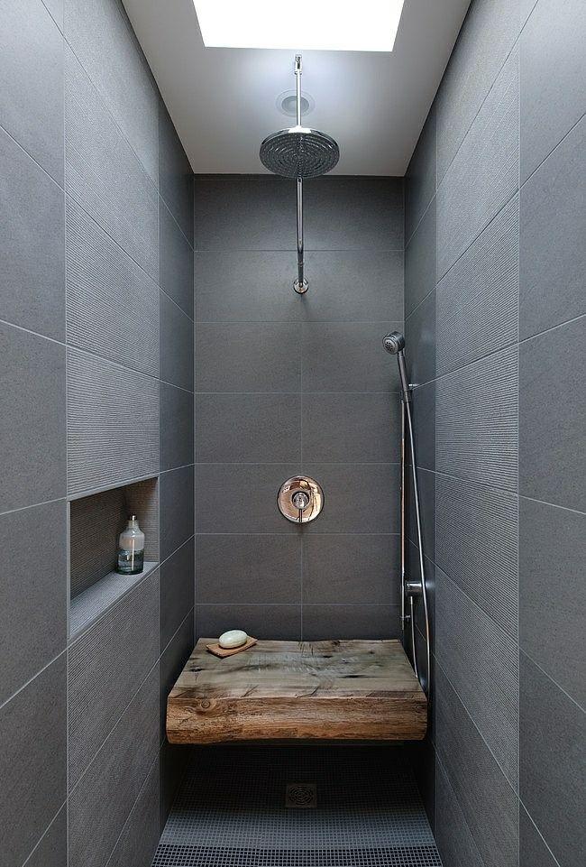Bad Aus Holz Gestalten Ideen Fur Rustikale Badeinrichtung Duschsitz Bad Einrichten Badezimmerideen