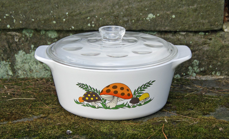 Corning Ware Merry Mushroom 2-1/2 Quart Dutch Oven/Casserole/Covered Saucepan and Pyrex Lid ~ Rare Pattern by JingleBeanFarm on Etsy